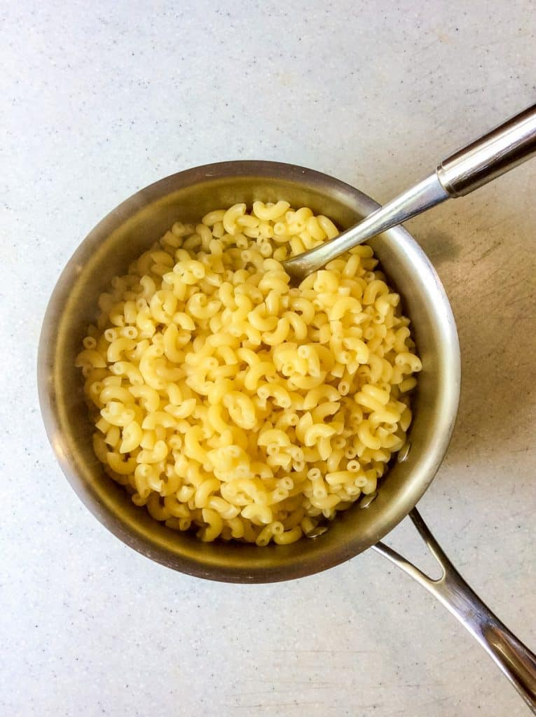 plain macaroni in metal pan