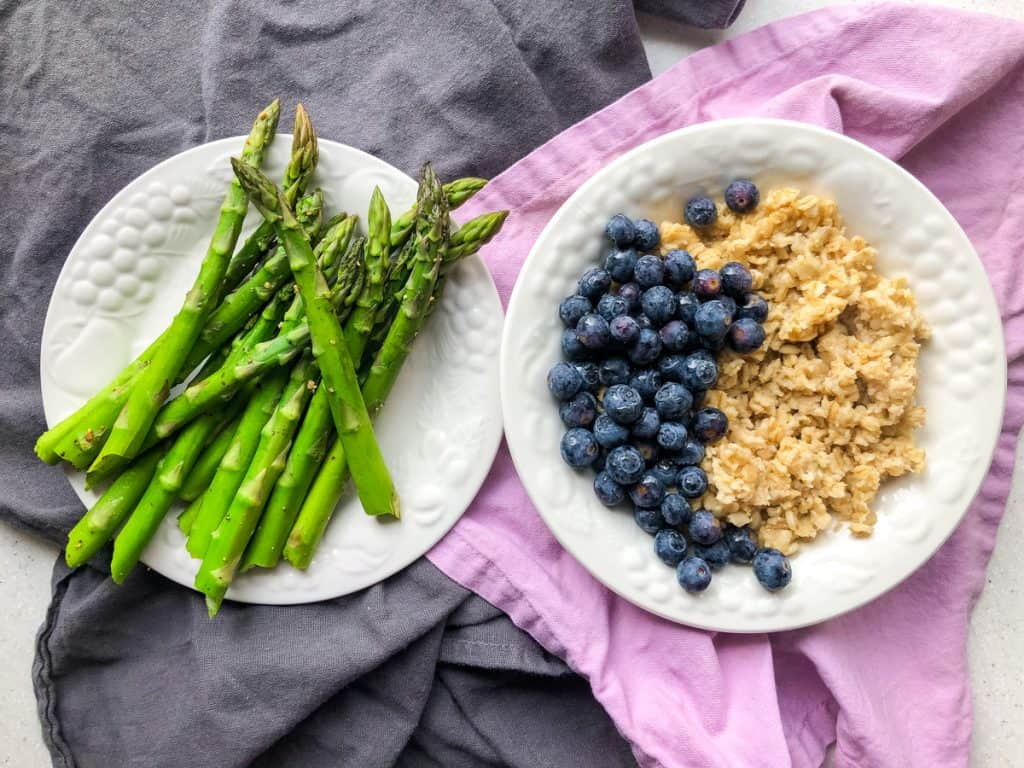 asparagus and oatmeal with blueberries
